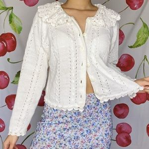 VTG Crochet Collar Cardigan